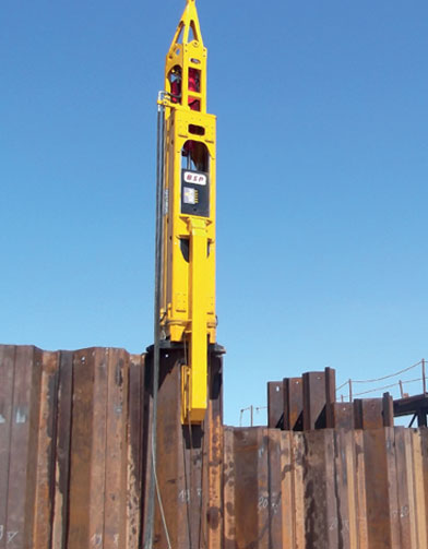 CX Hydraulic Piling Hammer, driving a wide variety of
